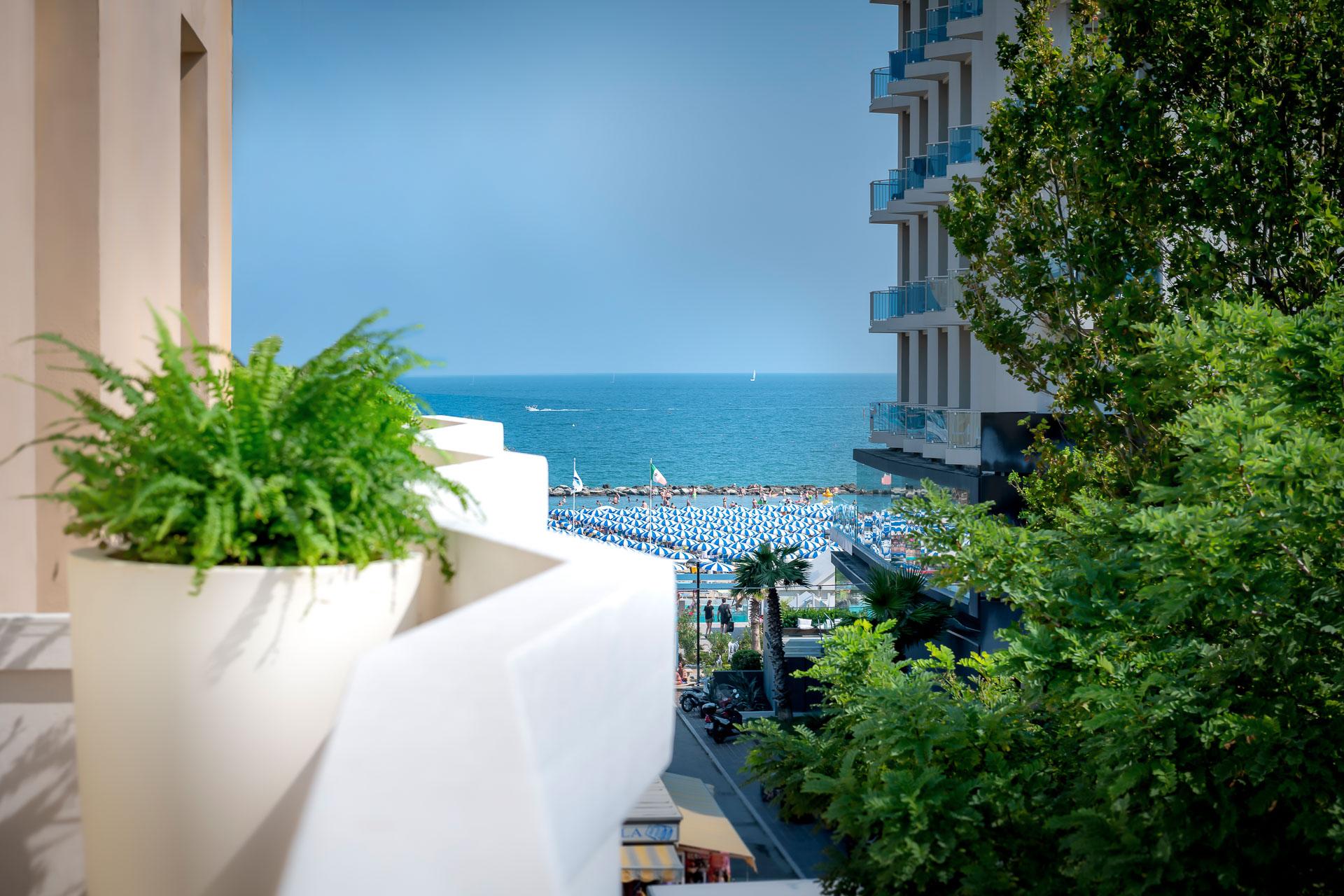 Hotel-Cristina-Corona-Terrazza-2.jpg